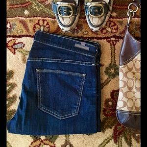 Citizens of Humanity Denim - Citizens of Humanity Low Rise Ava Strait Leg Jean