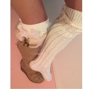 HUE Accessories - Soft Cable Knit Over The Knee Socks Thigh High OTK
