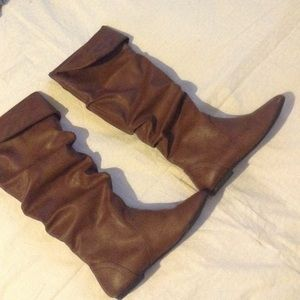 Shoes - Brown boots