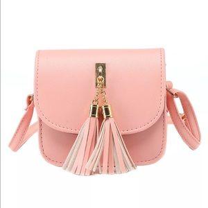 Handbags - SALE❣ ❣ New✨✨ Pink Satchel Crossbody 💕