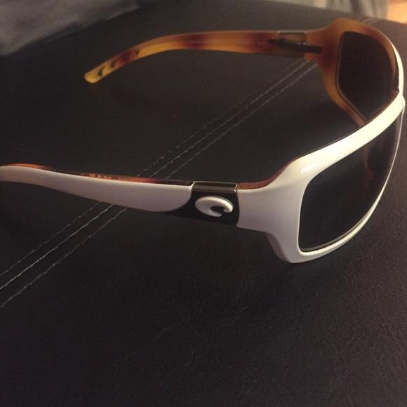 fcec822208bc8 Costa Del Mar Sunglasses - White Isabela 580P