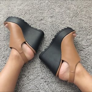 Shoes - Open wedges