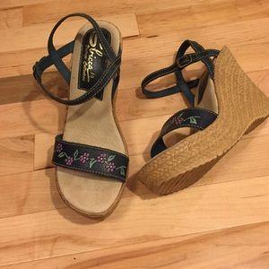 Sbicca Shoes - Sbicca blue flowered wedge sandals 10