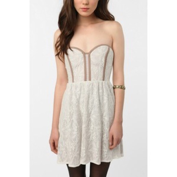 Pins And Needles Clothing Gorgeous Urban Outfitters Dresses Pins Needles White Lace Strapless Dress
