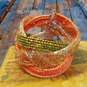 Jewelry - Pink and gold bracelet