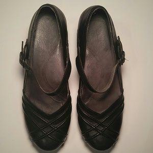 28bd1392dff4 Dansko Shoes - Dansko Reeny Black Mary Jane Clog Heels - EU 40