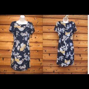 Laura Ashley Dresses & Skirts - Laura Ashley Floral Chiffon Knee-Length Dress