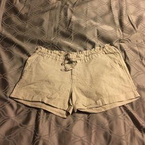 XS khaki linen shorts