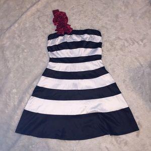 Mystic Dresses & Skirts - Mystic Black and White Dress