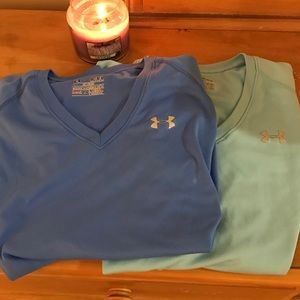 2 Under Armour semi-fitted tees