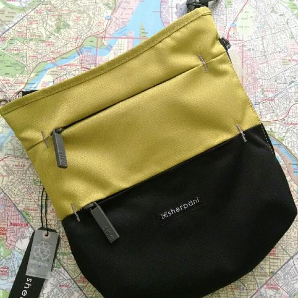f7f719ae3 sherpani Bags | Sadie Medium Cross Body Bag | Poshmark