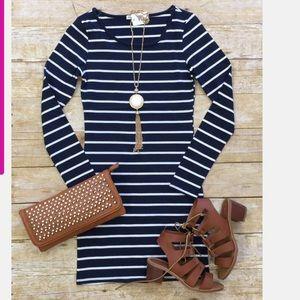 Dresses & Skirts - Navy long sleeves stripe tunic dress