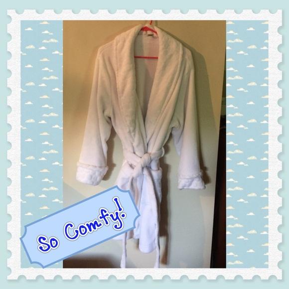 1469e4d8057a EUC Sonoma Life+Style Intimates Plush Robe. M_57edd2f84e8d17aacb01c925