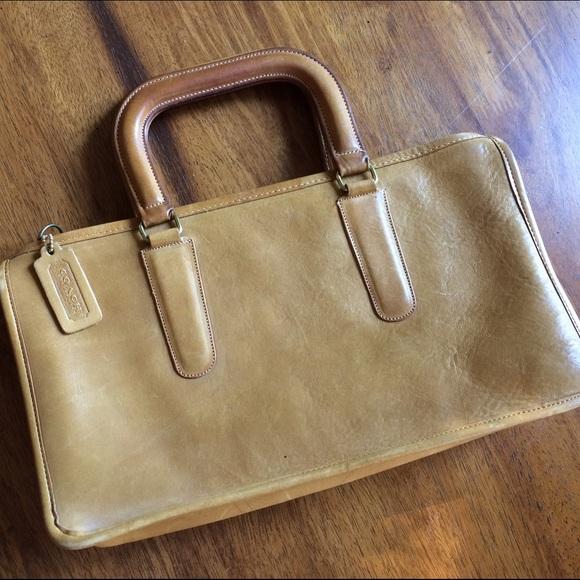 52b715306d8c0 Coach Handbags - Vintage 1970s Coach Slim Satchel purse