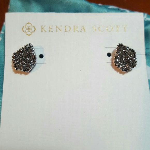 4a74e4892 Kendra Scott Jewelry - Kendra Scott Tessa Silver Stud Earrings