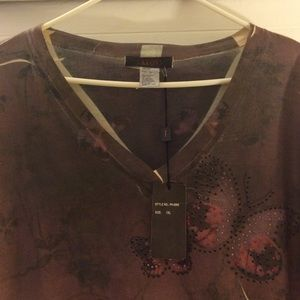 Tops - Butterfly detailed long sleeve