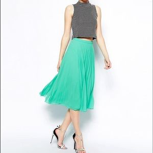 ASOS - Midi Green Pleated Skirt