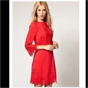 NWT ASOS BRAND RED MINI SHIFT DRESS CUT OUT DET 4