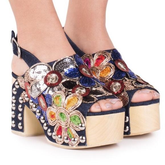 b6ea1a26ff40 NIB Jeffrey Campbell Effie Platform Sandals