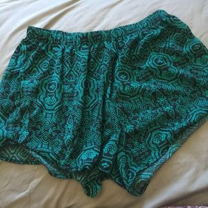 Ambiance Apparel Pants - 2XL Green Women's Shorts
