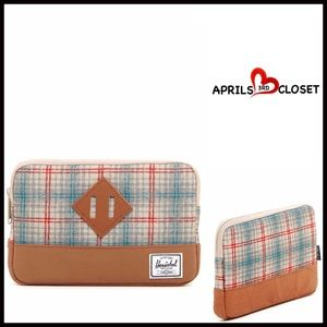 Herschel Supply Company Accessories - HERSCHEL iPad Mini Case Pouch Clutch