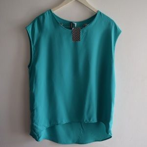 Tops - Teal top size 12