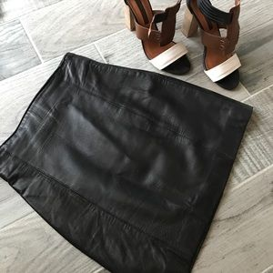Cache Dresses & Skirts - Classic black 100% leather skirt
