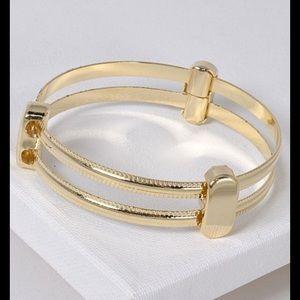 Bangle Bracelet Gold-tone  New