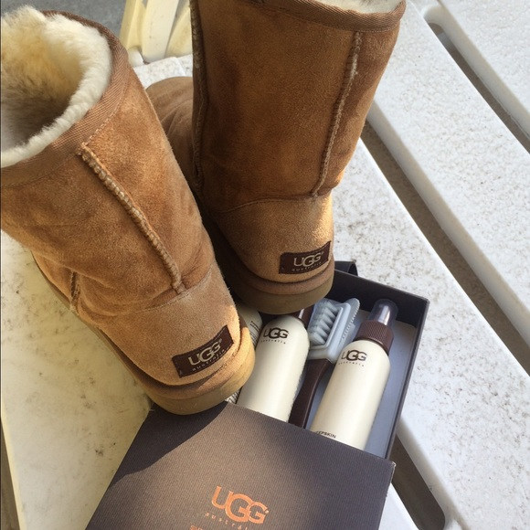 57 ugg boots chestnut ugg boots includes ugg boot
