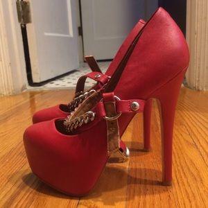 Steve Madden Shoes - NWOT Steve Madden Heels