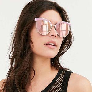 NBF ❤️ Quay Australia Stardust Pink Sunglasses