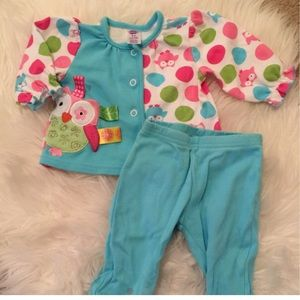 Taggies Other - Taggies pajamas with footed pants NWOT