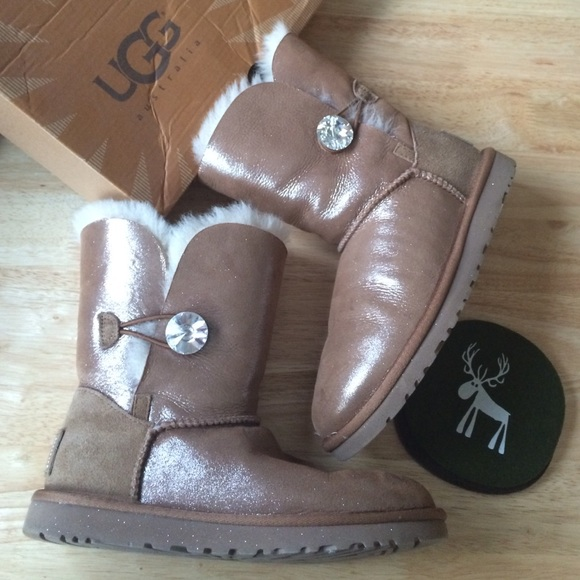 a26fb95c617 FRI SALE💃UGG Bailey Button Bling Swarovski Boot