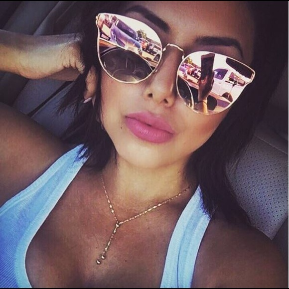 d2c0b9539a421 QUAY All My Love Sunglasses - PINK ROSE