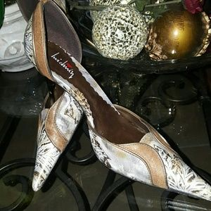 Luichiny Artwork Heels
