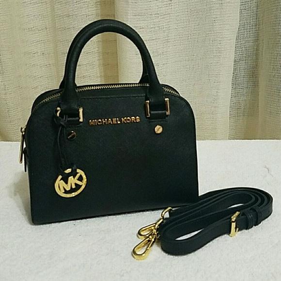 5e41c0a641f Authentic Michael Kors two way mini bag NWT
