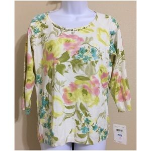 Emma James Tops - Emma James Petite Floral Top Size PXL