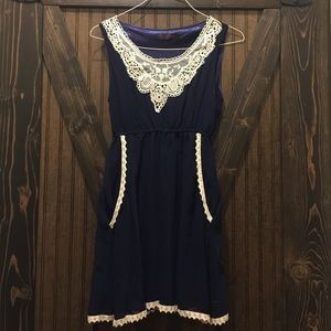 Dresses & Skirts - Navy vintage dress