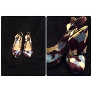 Deena & Oozzy Shoes - Fabric covered sling back closed toe shoe