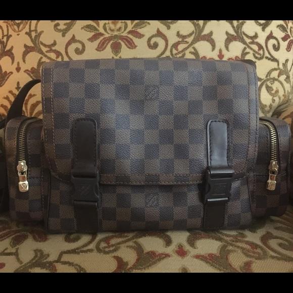 7d36dc63971a Louis Vuitton Handbags - Louis Vuitton Damier Ebene Reporter Melville