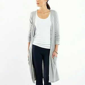 Lucy Sweaters - Open Gray Wrap