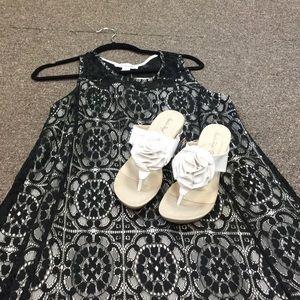 Wedged Flower Sandals - White