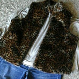 Faux Fur Vest Trendy  Animal  Print!