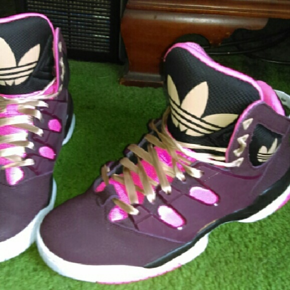 adidas torsion womens