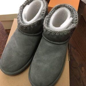 Mou Shoes - Mou women's Eskimo sheepskin boot