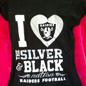 Tops - Oakland Raiders shirt