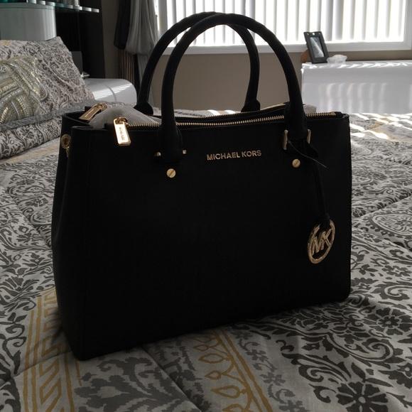 Michael Kors Bags Black Mk Hand Bag Poshmark