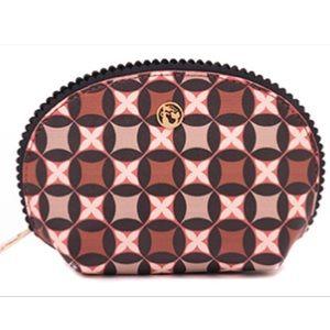 Spartina 449 Handbags - NWT Retreat Black Clam Case by Spartina 449
