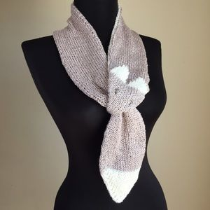 GemFOX Accessories - Handmade Fox Stole Scarf Kyoto Pink Knitted Ascot