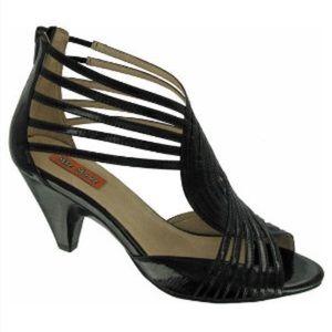 Miz Mooz Shoes - NIB Miz Mooz Black Patent Heels